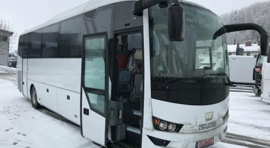 """Tauragės autobusų parkas įsigijo 2 Isuzu """"Visigo"""""""