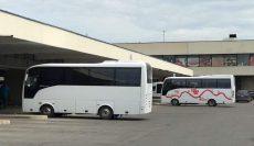 Iš Vilniaus stoties ISUZU demo Turquoise rieda Šalčininkų kryptimi. Šok į autobusą — keliauk patogiai!