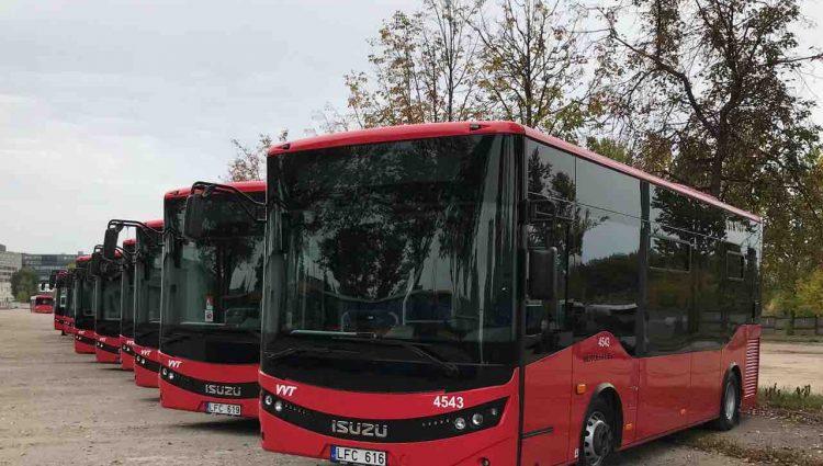 Vilniuje rieda 10 naujų ISUZU autobusų