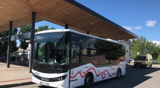 2019 m. vežėjai keleivių parvežimams pasitelkė tris išskirtinius ISUZU autobusus